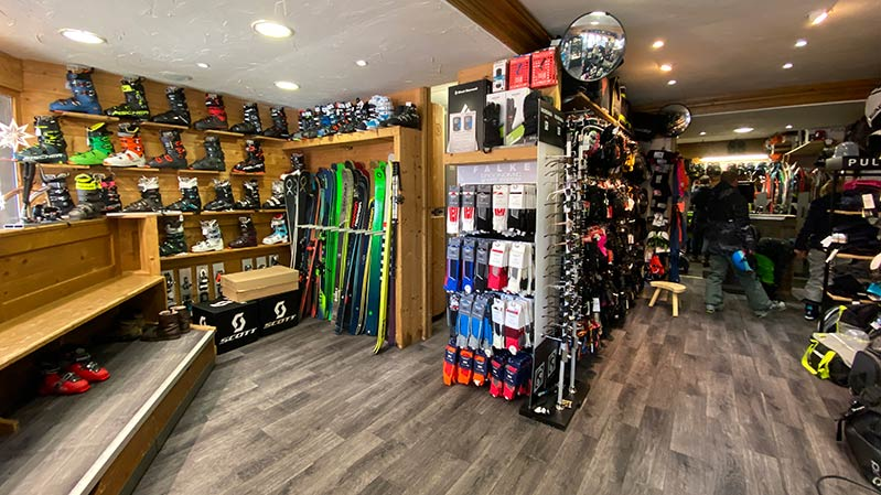 Sainte Foy Ski Set shop