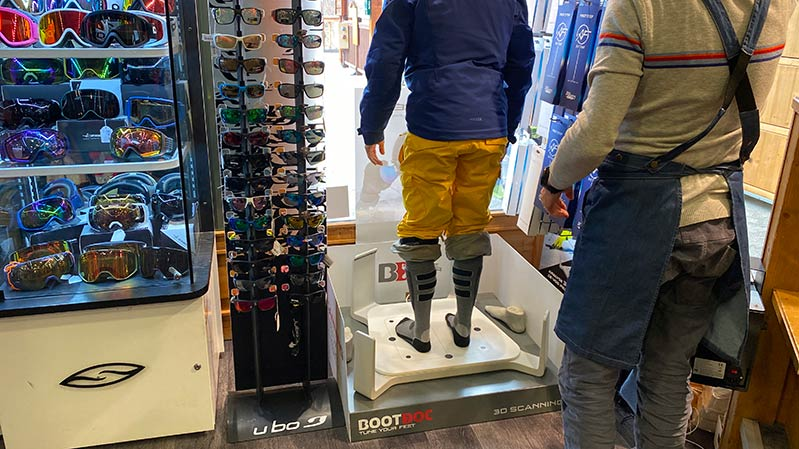 Boot fitting experts in Sainte Foy Ski Set shop